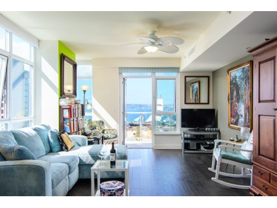 "Condominio for sales at Breeza ""Jewel"" 1431 Pacific Hwy 808  San Diego, California 92101 Estados Unidos"