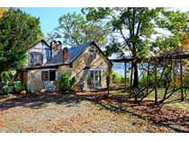 "Einfamilienhaus for sales at ""House in The Woods"" 55 Woods Rd.  Snedens Landing, Palisades, New York 10964 Vereinigte Staaten"