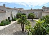 Maison unifamiliale for sales at Logis  Other Poitou-Charentes,  17690 France