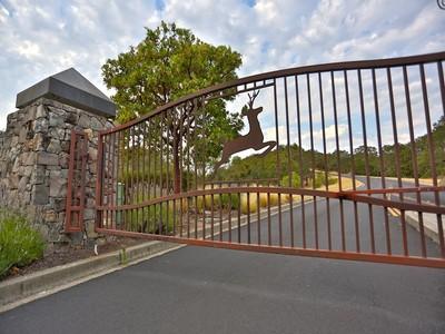 Land for sales at Shiloh Oaks Road  Windsor, Kalifornien 95492 Vereinigte Staaten