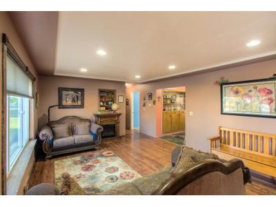 Casa Unifamiliar for sales at Quiet neighborhood, close to Library 831 N. Compton St.  Post Falls, Idaho 83854 Estados Unidos