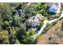 Casa Unifamiliar for sales at 7324 El Fuerte Street    Carlsbad, California 92009 Estados Unidos