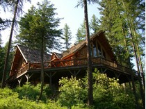 一戸建て for sales at Beautifully Crafted Log Home 1970 Four Wheel Drive   Whitefish, モンタナ 59937 アメリカ合衆国