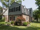 一戸建て for  sales at Lovely Four Bedroom Home on Tree Lined Street 8535 Avers Avenue   Skokie, イリノイ 60076 アメリカ合衆国