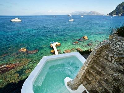 一戸建て for sales at Astonishing villa in capri island with private sea access  Capri, Naples 80073 イタリア