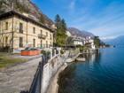 Einfamilienhaus for  sales at Unique property with direct lake access Via Regina Moltrasio, Como 22010 Italien
