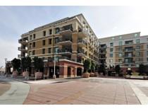 コンドミニアム for sales at Highly Upgraded Model Home In The Luxurious Mark Condominiums 6803 E Main Street #4414   Scottsdale, アリゾナ 85251 アメリカ合衆国
