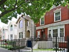 Maison unifamiliale for sales at Elegant Rehabbed Five Bedroom Home 6527 S Ingleside Avenue Chicago, Illinois 60637 États-Unis
