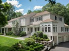 Casa para uma família for  sales at Fresh And Chic Light-Filled Home 181 West Hills Road   New Canaan, Connecticut 06840 Estados Unidos