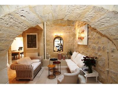 Townhouse for sales at UZES EXTRAORDINAIRE PROPRIÉTÉ  Other Languedoc-Roussillon, Languedoc-Roussillon 30700 France