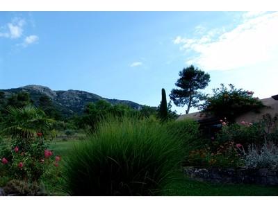 一戸建て for sales at Au pied de la SAINTE VICTOIRE une INCROYABLE MAISON CONTEMPORAINE  Aix-En-Provence, プロバンス=アルプ=コート・ダジュール 13100 フランス