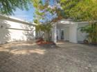 Vivienda unifamiliar for  rentals at 84 W Shore Drive   Coconut Grove, Florida 33133 Estados Unidos