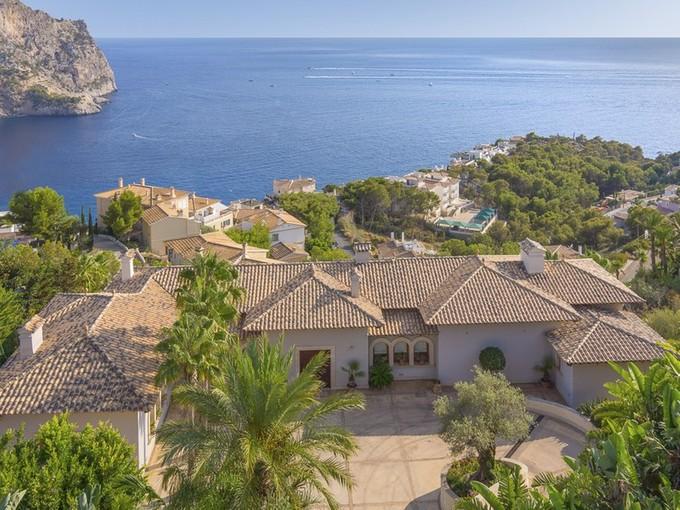 Nhà ở nhiều gia đình for sales at Luxury Villa with fantastic views in Port Andratx  Port Andratx, Mallorca 07157 Tây Ban Nha