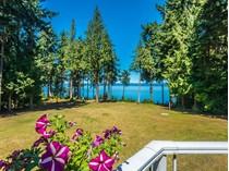 Maison unifamiliale for sales at Falcon Crest 4265 West Island Highway   Qualicum Beach, Colombie-Britannique V9K2B1 Canada