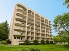 Appartement en copropriété for  sales at 3150 Calhoun Parkway W, #102, Minneapolis, MN 5541 3150  Calhoun Pkwy  W   Minneapolis, Minnesota 55416 États-Unis