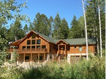 Casa para uma família for sales at Private Mountain Retreat in the Trees 3415 Sorensen Creek   Victor, Idaho 83455 Estados Unidos