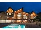 Casa Unifamiliar for  sales at Captivating Custom Home 20145 2nd Avenue Langley, British Columbia V2Z0A3 Canadá