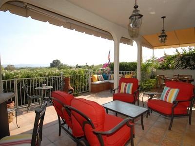 Casa Unifamiliar Adosada for sales at Rare Single Level Villa In an Upscale 24 Hour Guard Gated Community 3800 E Lincoln Drive #32 Phoenix, Arizona 85018 Estados Unidos