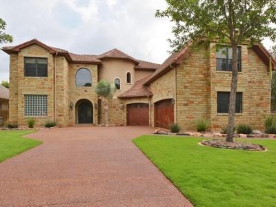 Nhà ở một gia đình for sales at Beautiful home in Travis Country 3935 Sendero Dr Austin, Texas 78735 Hoa Kỳ