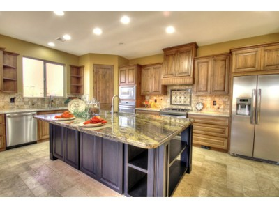Casa Unifamiliar for sales at Gorgeous New Custom Home  With The Finest Of Finishes In North Phoenix 36811 N 11th Ave Phoenix, Arizona 85086 Estados Unidos
