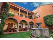 Casa Unifamiliar for sales at Casa en La Colina San Miguel De Allende, Guanajuato México