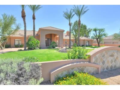 Частный односемейный дом for sales at Sprawling Stately 1.1 Acre Gated Homestead is a Classic Cactus Corridor Winner 10265 E Shangri La Rd Scottsdale, Аризона 85260 Соединенные Штаты