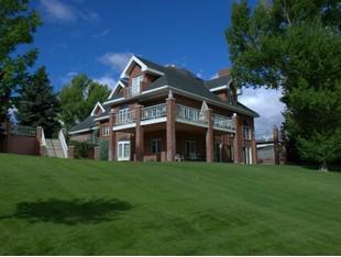 Maison unifamiliale for sales at Toad Hall Manor 1 Green Lane Butte, Montana 59701 États-Unis