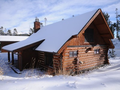 Eigentumswohnung for sales at Ski-in, Ski-out Powder Ridge Cabin 16 Red Cloud Loop Big Sky, Montana 59716 Vereinigte Staaten