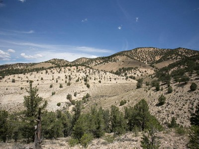 Terrain for sales at Beautiful Lot with Spectacular Views 4497-18 South Lower Red Creek Rd Duchesne, Utah 84027 États-Unis