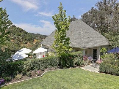 Einfamilienhaus for sales at 24445 Rich Ranch Road  Healdsburg, Kalifornien 95448 Vereinigte Staaten