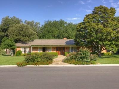 一戸建て for sales at 3512 Overton Park W  Fort Worth, テキサス 76109 アメリカ合衆国