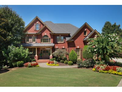 一戸建て for sales at Stunning Custom Home 315 Windlake Court Alpharetta, ジョージア 30022 アメリカ合衆国