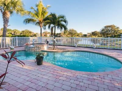 Maison unifamiliale for sales at Pool Home in Indian River Club 202 Oak Hammock Cir SW  Vero Beach, Florida 32962 États-Unis