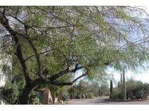 Villa for sales at True Santa Fe Home at the End of a Private Drive on 3.36 Acres 6080 W Peregrine Way   Tucson, Arizona 85745 Stati Uniti
