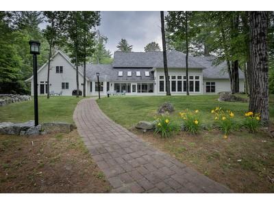 Vivienda unifamiliar for sales at Waterfront Beauty 12 Keene Road Antrim, Nueva Hampshire 03440 Estados Unidos