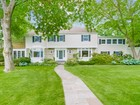 Single Family Home for  sales at Spacious and Sparkling Colonial 30 Byron Lane   Larchmont, New York 10538 United States