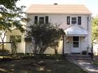 Maison unifamiliale for  sales at 53 Charlton Street    Stratford, Connecticut 06614 États-Unis