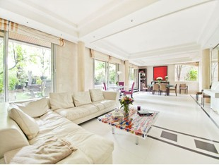 Duplex for sales at Duplex with garden- Maurice Barres  Neuilly, 法兰西岛 92200 法国