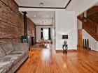 Appartement for sales at Ville-Marie 2072 Rue St-Hubert Montreal, Québec H2L3Z5 Canada
