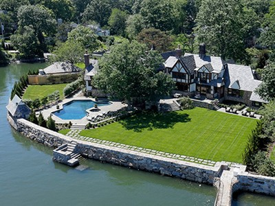 一戸建て for sales at Waterfront Gem One Cedar Island Larchmont, ニューヨーク 10538 アメリカ合衆国