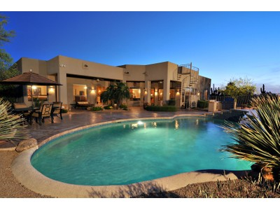 Villa for sales at Lovely Home With A Special Ambiance And Warmth In Gated Pinnacle Paradise 8642 E Camino Real  Scottsdale, Arizona 85255 Stati Uniti