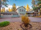 Maison unifamiliale for  sales at Stunning Flagstaff Cottage Style Architecture 2489 Eva CIR  Flagstaff, Arizona 86005 États-Unis