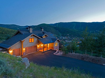 独户住宅 for sales at Spectacular ski resort and old town views in complete privacy 1179 Aerie Dr Park City, 犹他州 84060 美国