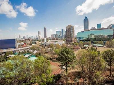 Appartement en copropriété for sales at Best Views in Atlanta! 250 Park Avenue West NW #708 Atlanta, Georgia 30313 États-Unis