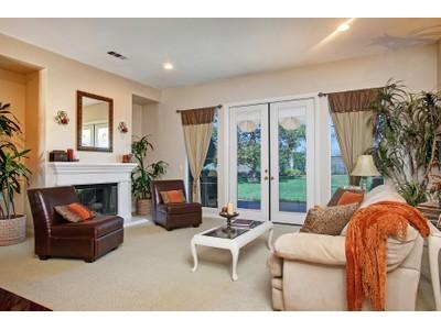 Moradia for sales at 1718 Victoria   San Marcos, Califórnia 92069 Estados Unidos