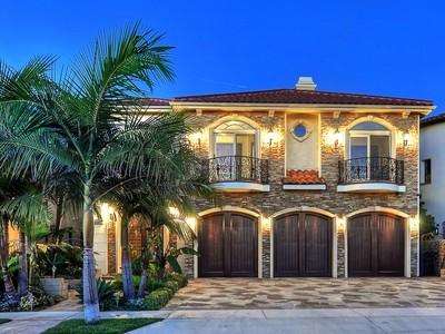 Vivienda unifamiliar for sales at 17022 Baruna Lane  Huntington Beach, California 92649 Estados Unidos