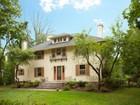 단독 가정 주택 for  sales at Grand Center Hall Colonial 175 South Mountain Avenue  Montclair, 뉴저지 07042 미국