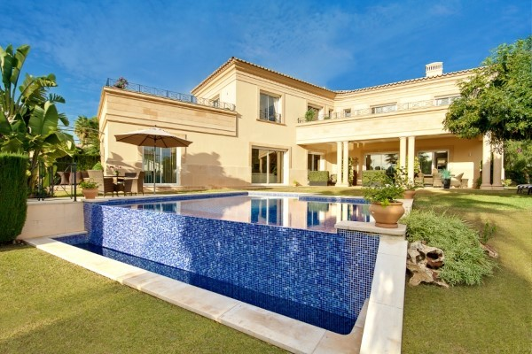 Nhà ở một gia đình for sales at Elegant villa in Nova Santa Ponsa  Santa Ponsa, Mallorca 07181 Tây Ban Nha