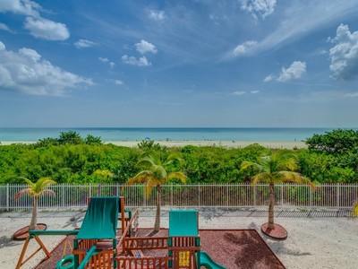 Condomínio for sales at 6039 Collins Ave PH19   Miami Beach, Florida 33140 Estados Unidos