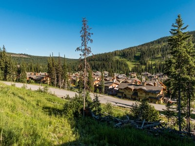 Terreno for sales at Exceptional View Lot 4205 Bella Vista Drive (Lot 9)  Sun Peaks, British Columbia V0E 5N0 Canadá